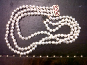 pearl necklace 300x225 Wardrobe Malfunction